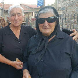 people_of_farmakas_village_cyprus